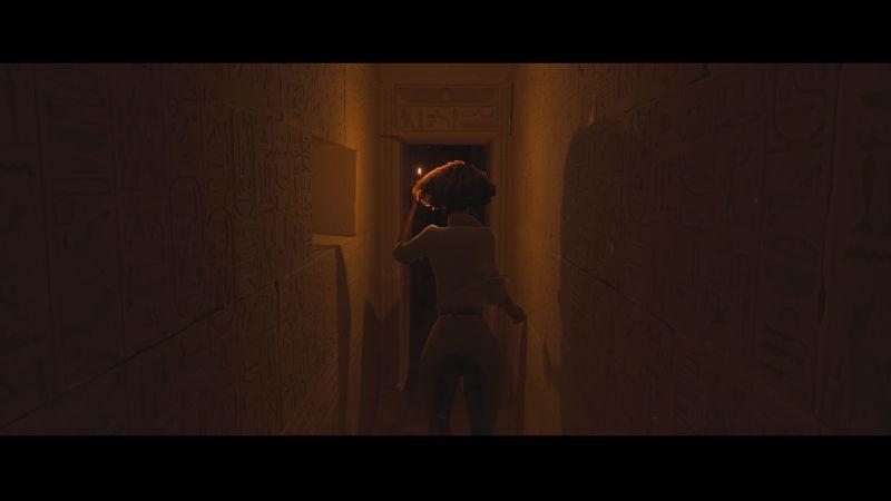 In the Valley of Gods - walking through a corridor