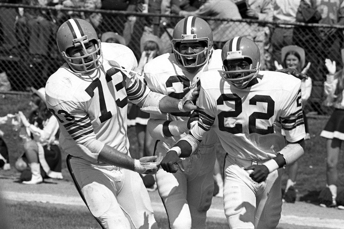 Baltimore Colts v Cleveland Browns
