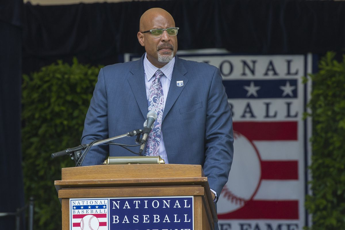 MLB: Baseball Hall of Fame-Parade of Legends