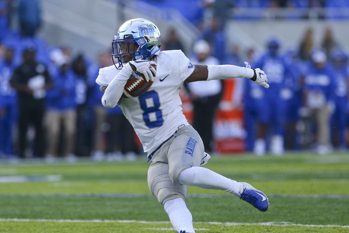 NCAA Football: Middle Tennessee at Kentucky