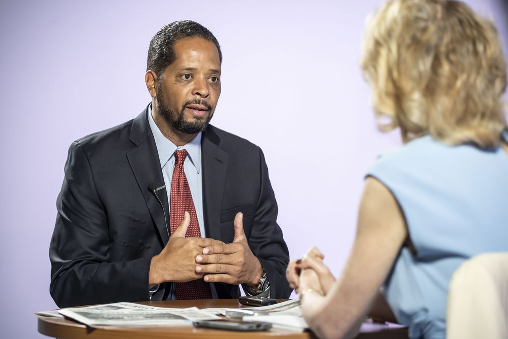 Ald. Anthony Beale is interviewed by reporter Fran Spielman Friday, Sept. 20, 2019.