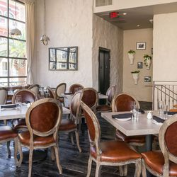 The upstairs dining room at Hamptons