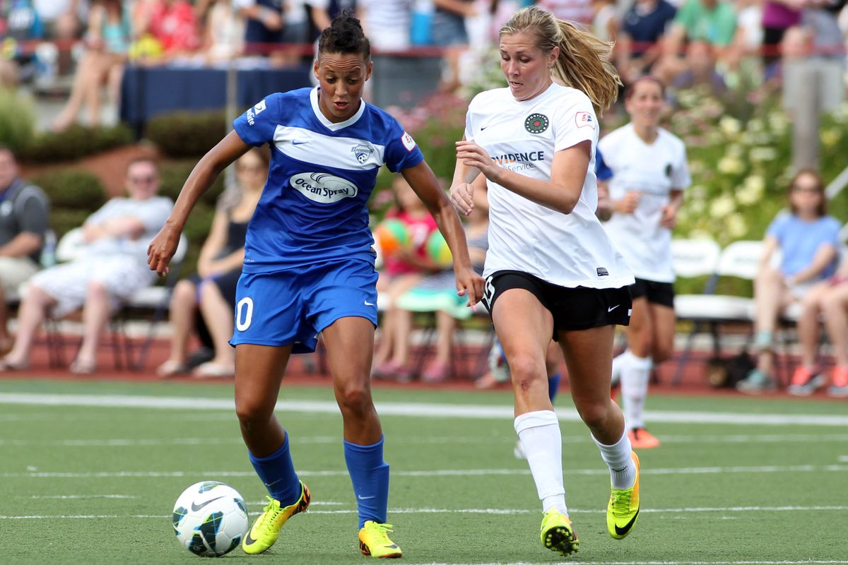 Lianne Sanderson and the Breakers will look to stall Portland's post-season run