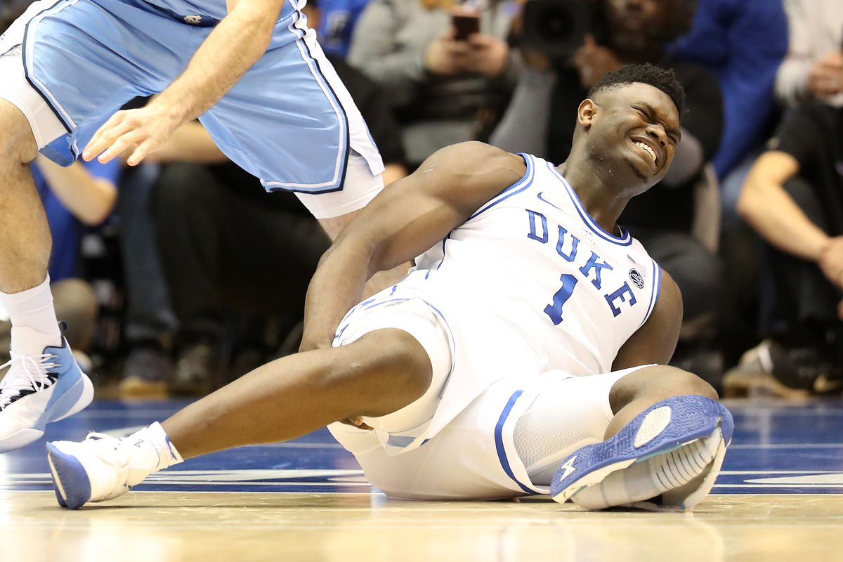 brand new 4ea07 00d57 Zion Williamson is the latest athlete to have a Nike shoe explode on him -  SBNation.com