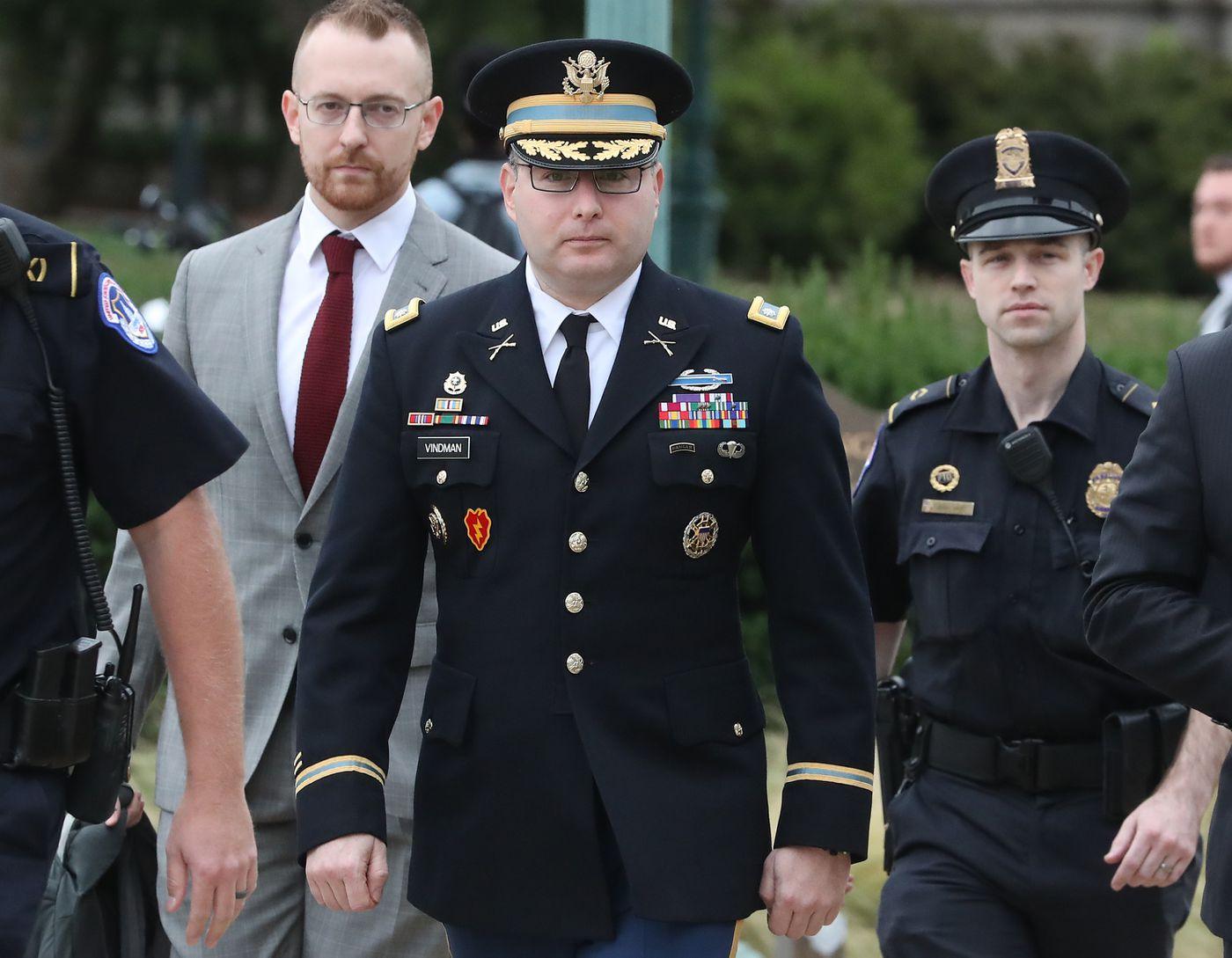 Impeachment hearings: Vindman's military uniform, explained