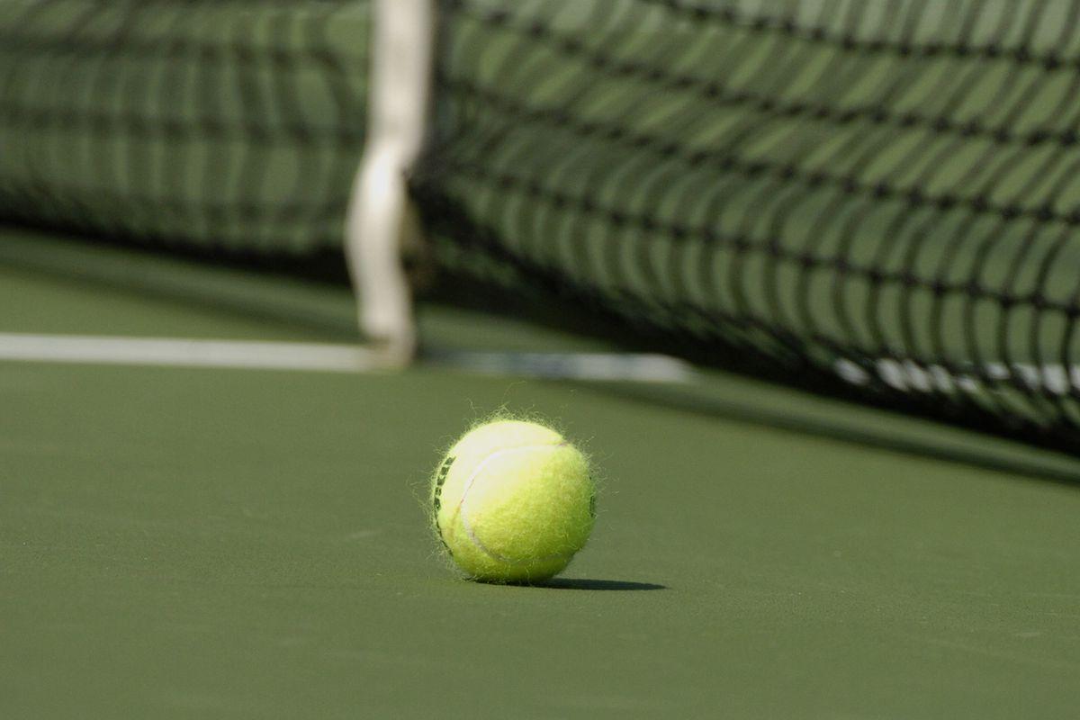 2004 U.S. Open - Men's Singles - Third Round - Roger Federer vs Fabrice Santoro