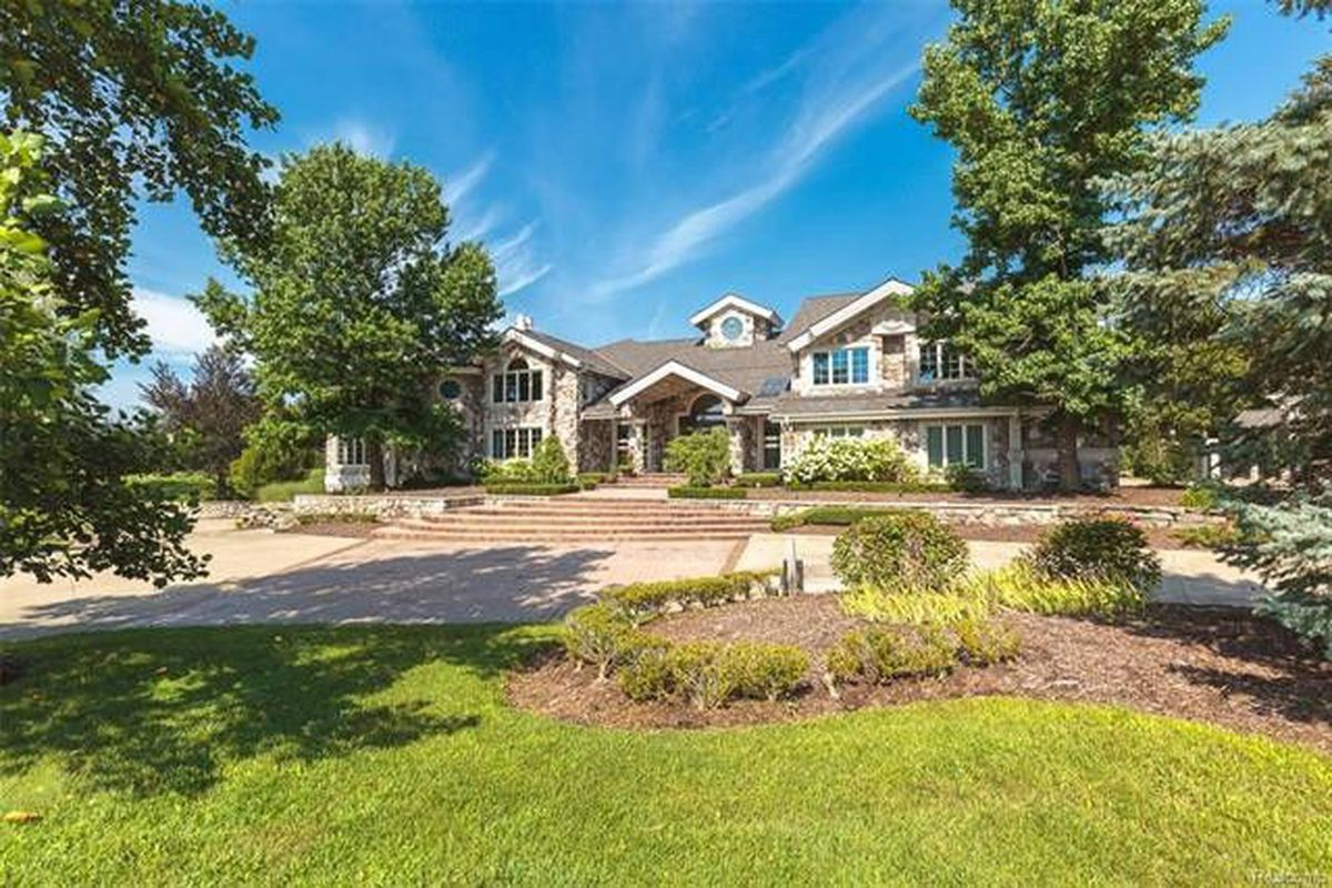 What Is Eminem S Suburban Michigan Mansion Worth Today Curbed Detroit