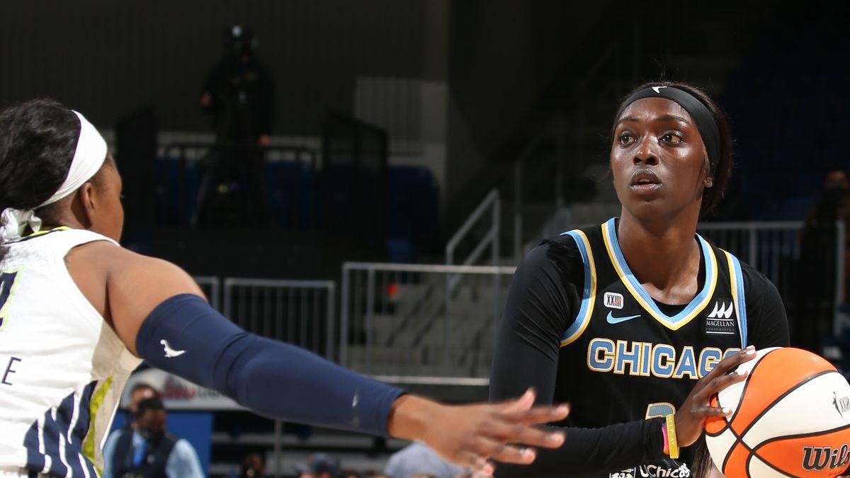 2021 WNBA Playoffs - Dallas Wings v Chicago Sky