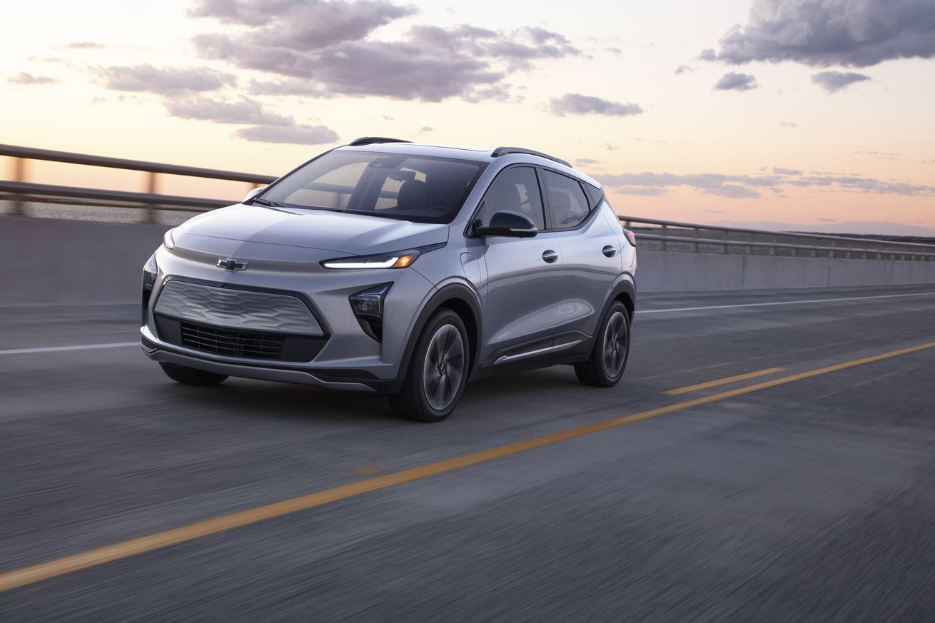 The Chevy Bolt is now a compact SUV with 250 miles of range and 'hands-free' driving