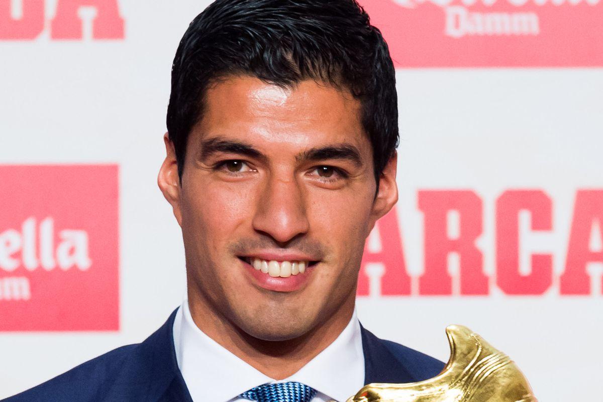 Luis Suarez Awarded Golden Boot