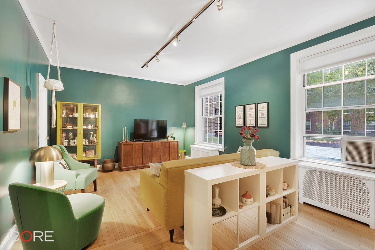 5 Queens starter apartments for $400K or less - Curbed NY