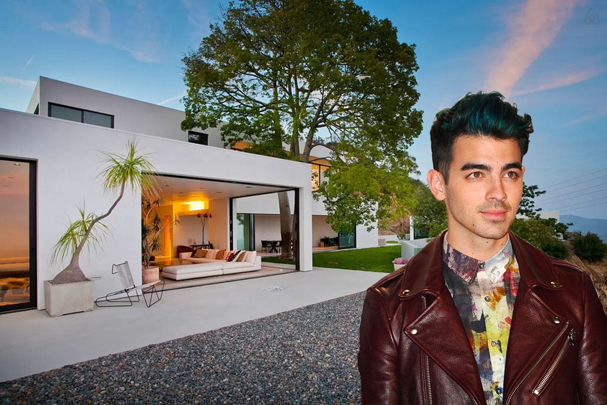 Joe Jonas via Getty.