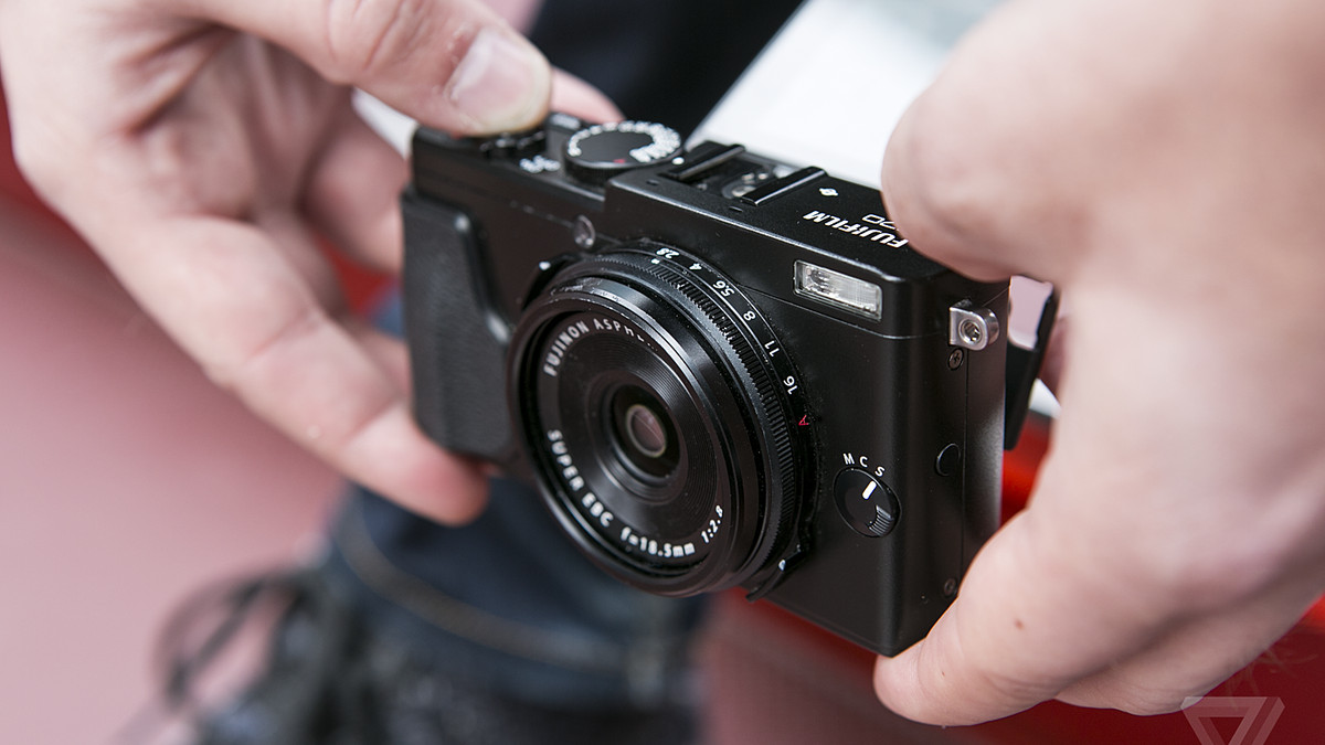 Fujifilm X70 Review The Little Camera That Can Verge X100s Iphone 5 Custom Hard Case