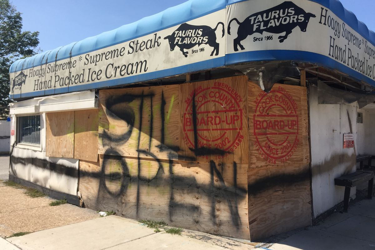 Taurus Flavors at 85th Street and Stony Island Avenue.