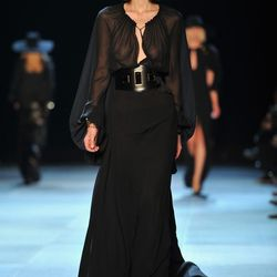 Hedi Slimane Debuts at Saint Laurent to Mixed Reviews and ...
