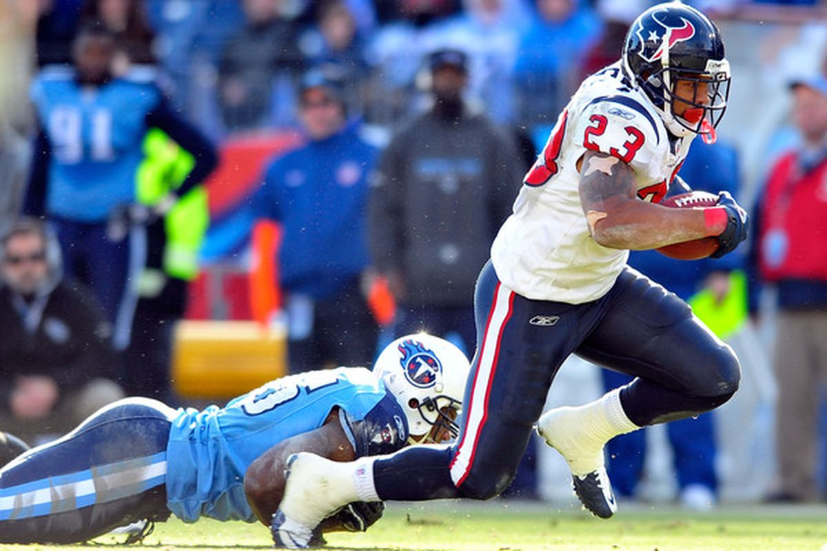 NASHVILLE TN - DECEMBER 19:  Arian Foster #23 of the Houston Texans runs against the Tennessee Titans  at LP Field on December 19 2010 in Nashville Tennessee. The Titans defeated the Texans 31-17.  (Photo by Grant Halverson/Getty Images)
