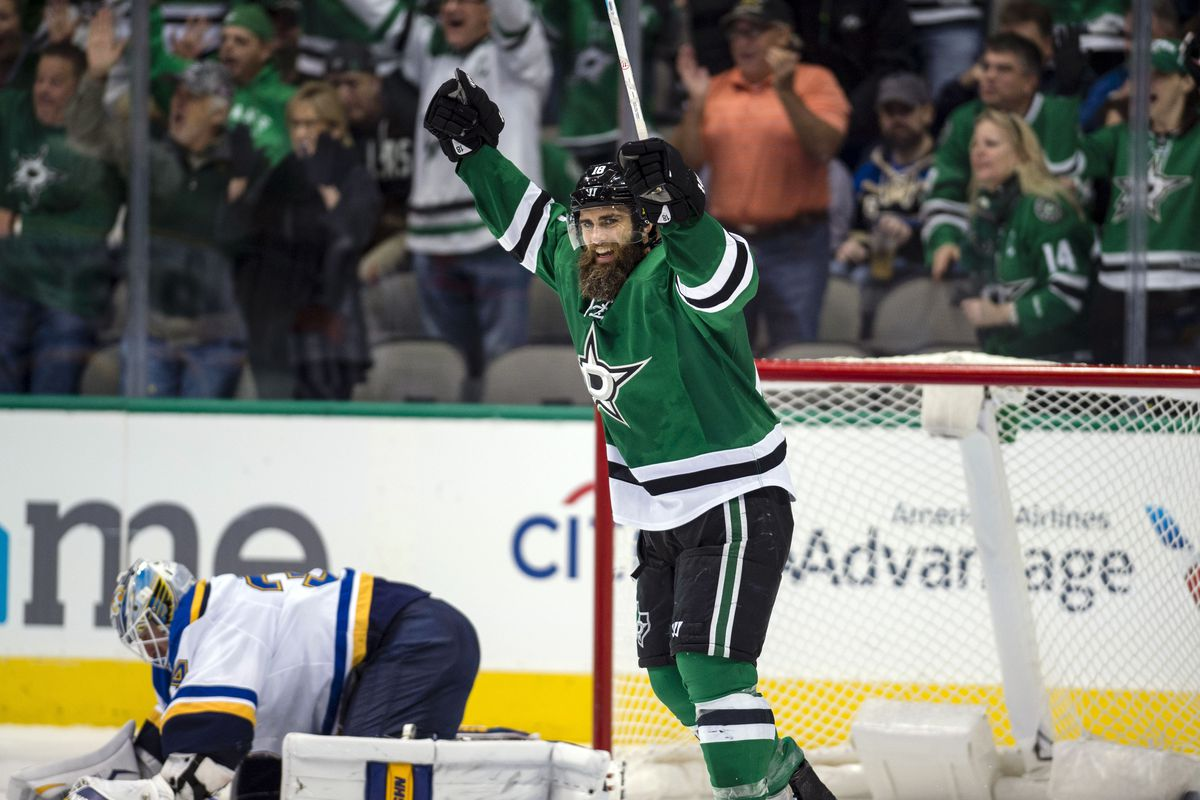 promo code 19658 bedf8 Patrick Eaves Continuing Career Resurgence With Dallas Stars ...