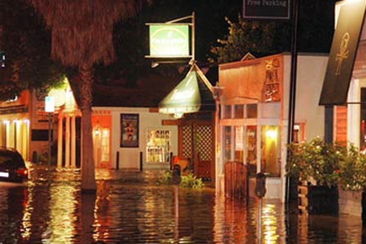 "Flooded shops in Studio City. Image via <a href=""http://www.apparelnews.net/blog/detail?id=399"">Trade Talk</a>"