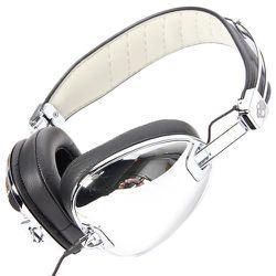 "<span class=""credit""><b>Skullcandy</b> The Aviator Headphones at <b>Karmaloop</b>, <a href=""http://www.karmaloop.com/product/The-Aviator-Headphones-with-Mic-in-Chrome-Black/258282"">$150</a></span><p>"