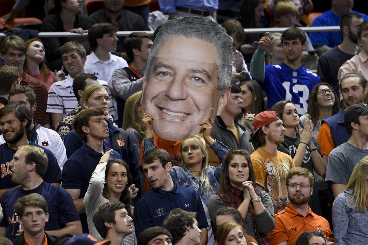 NCAA Basketball: UAB at Auburn