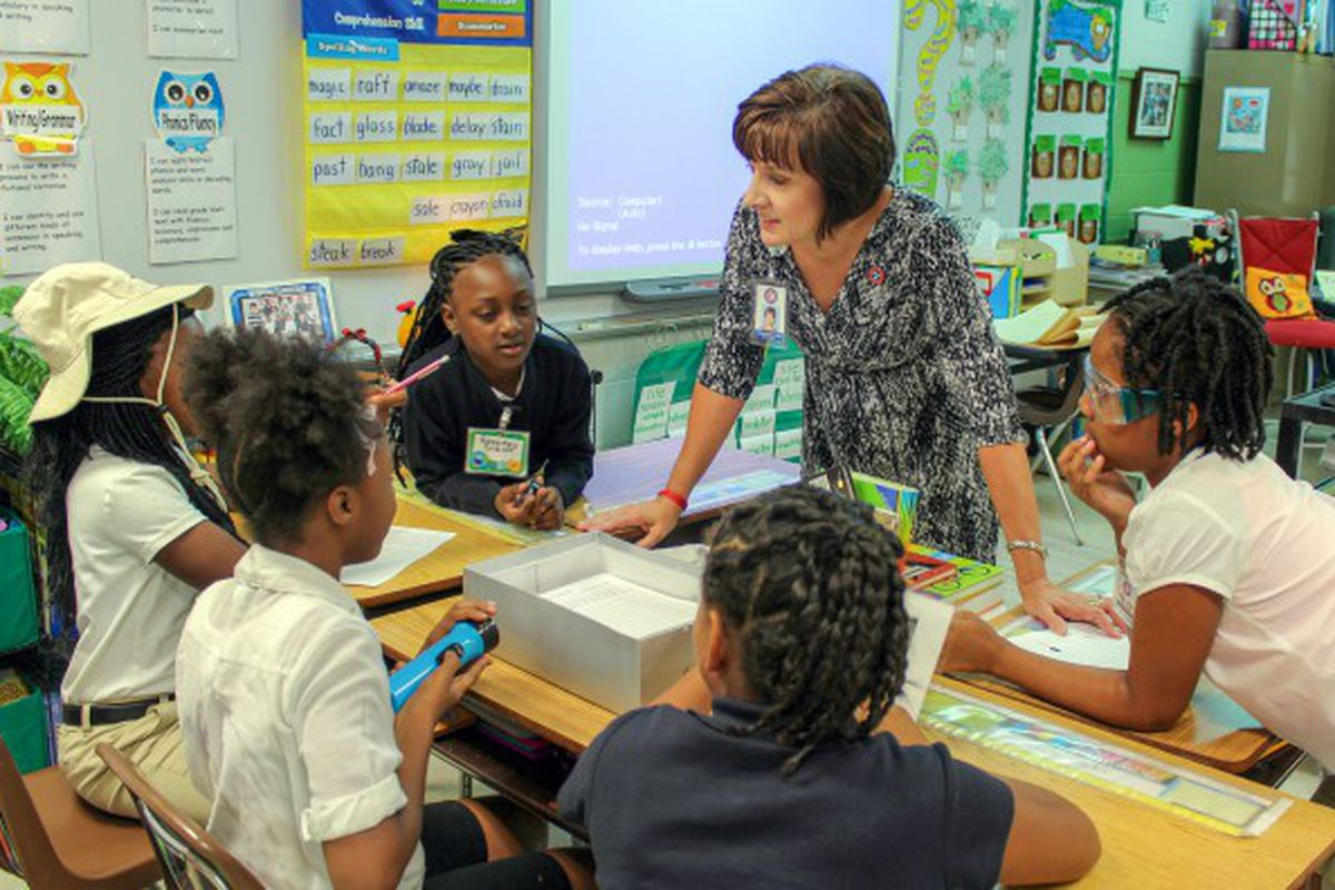 Karen Vogelsang, a former Tennessee Teacher of the Year, was tapped to join Shelby County Schools' leadership team part-time to provide teacher input.