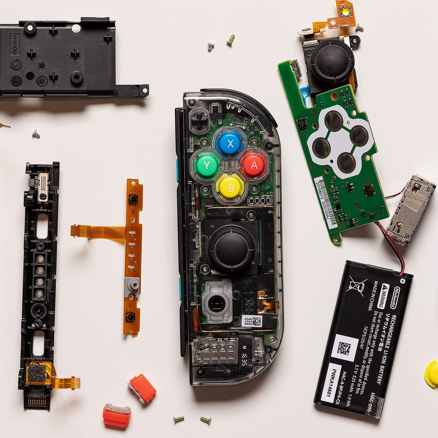 How To Customize The Look Of Your Nintendo Switch Joy Con Controllers The Verge