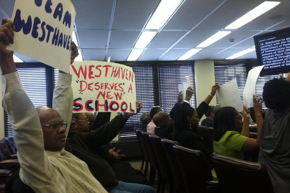 Supporters of Westhaven Elementary School at County Commission meeting.