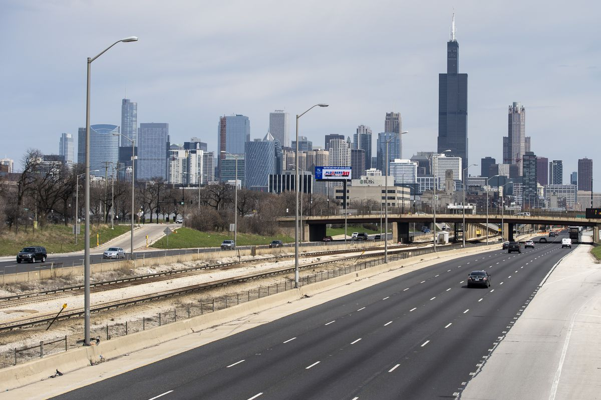 Few cars could be seen traveling inbound on the Eisenhower Expressway, I-290, from the overpass at South Leavitt Street, shortly before 2 p.m. Monday afternoon, April 6, 2020.
