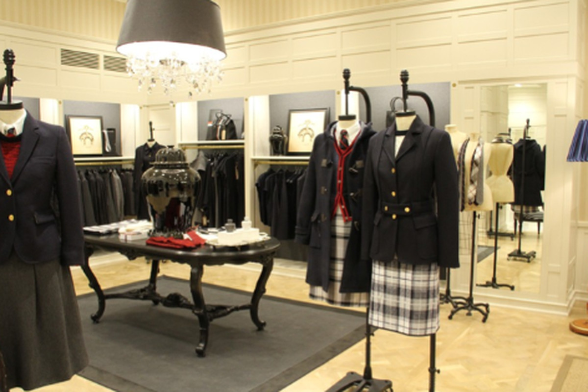 """Image via <a href=""""http://www.wwd.com/retail-news/specialty-stores/brooks-brothers-launches-new-womens-floor-5198849/slideshow/?type=article&amp;id=5198849&amp;slideId=5199559#/slideshow/article/5198849/5199559"""">WWD</a>"""
