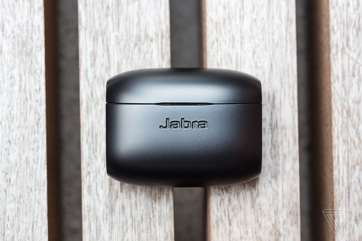 Jabra Elite 65t Review Airpod Alternative The Verge Ha16830fthe Intergrated Circuit Of Sound Signal And Busy Noise In Front Horse Tacking On Extra Tricks Like Fitness Tracking Before They Check Off Essentials Connection Stability Decent