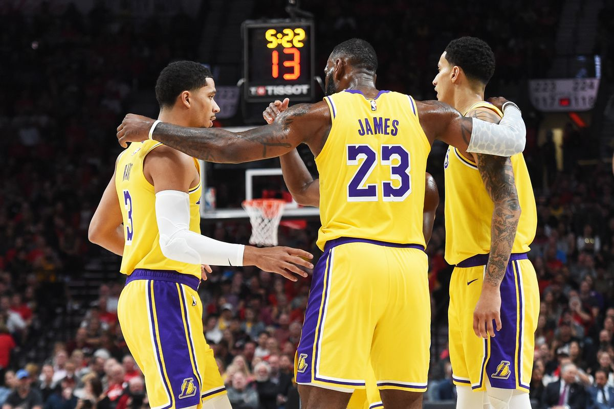 a6d33a1f7065 LeBron James has no problem staying patient with Lakers - Silver ...