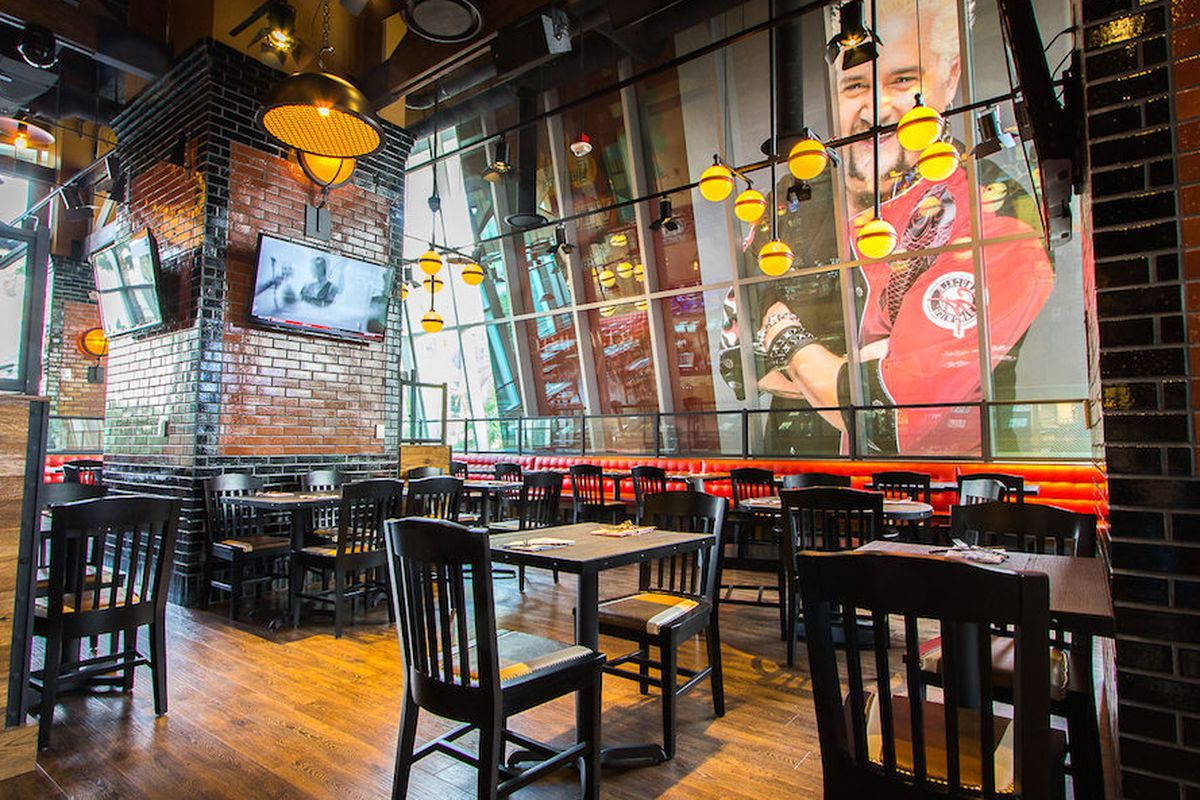 Here\'s the First Review of Guy Fieri\'s Vegas Kitchen & Bar - Eater ...