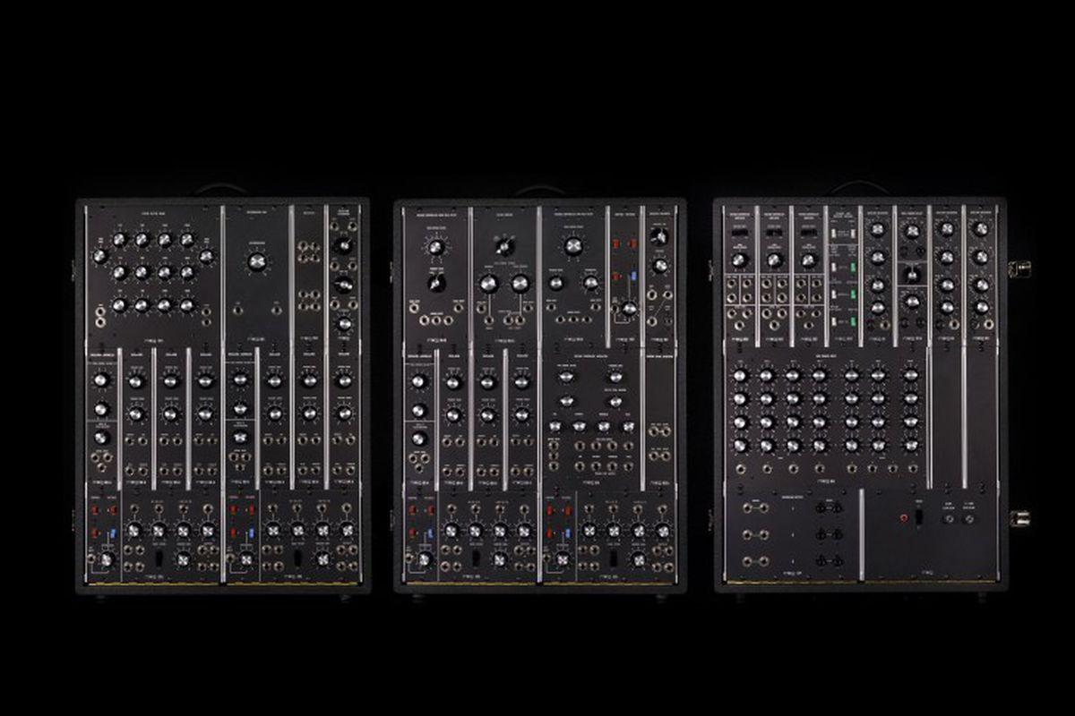 Resultado de imagen para Moog 1960s Synthesizer