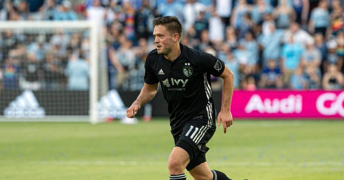 Sporting Kc Trade Kelyn Rowe To Real Salt Lake The Blue