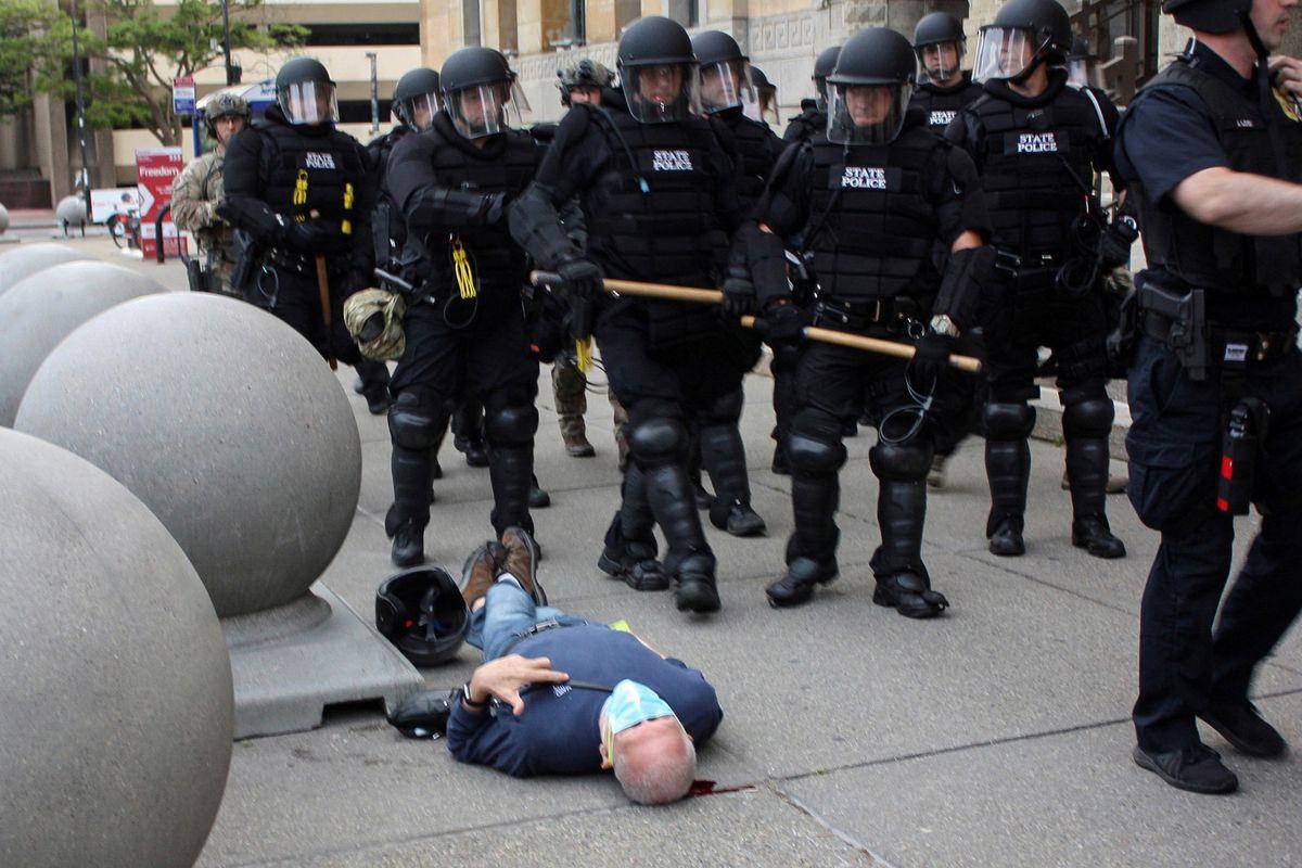 Buffalo police, Martin Gugino