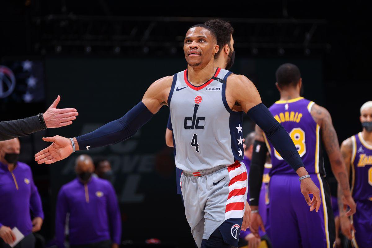 Los Angeles Lakers v Washington Wizards