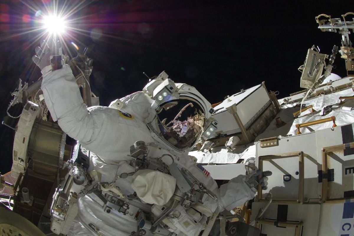 nasa space walk live - photo #4