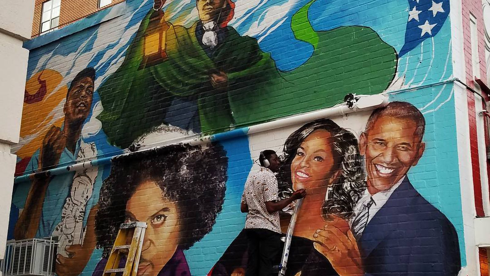 Ben s chili bowl s new mural revealed in eight photos for Chuck brown mural