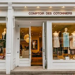 """<b>↑</b> <b><a href=""""http://www.comptoirdescotonniers.com/eboutique/accueil"""">Comptoir des Cotonniers</a></b> (184 Columbus Avenue) has amassed a cult following with its silk blouses, soft sweaters, and sweet-yet-simple dresses, with a classic look that's"""