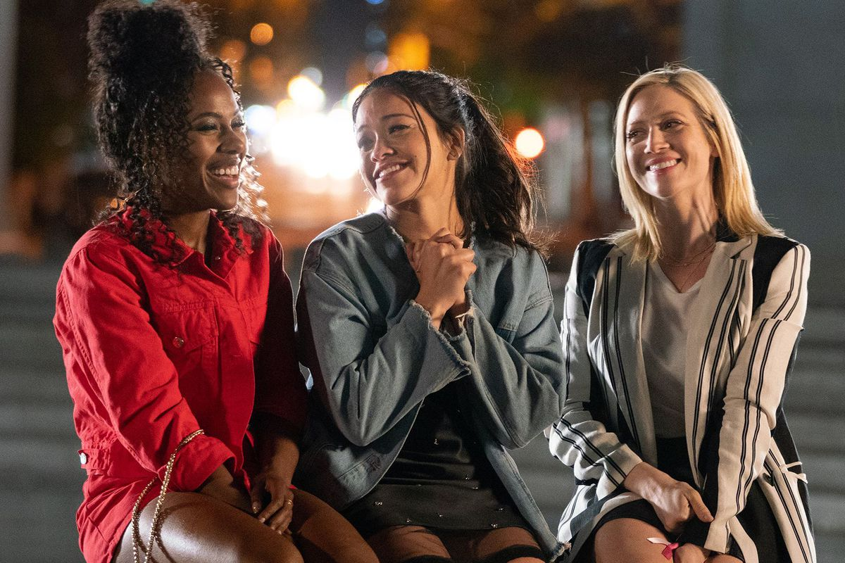 Dewanda Wise Gina Rodriguez And Brittany Snow In Someone Great Sarah Shatz Netflix