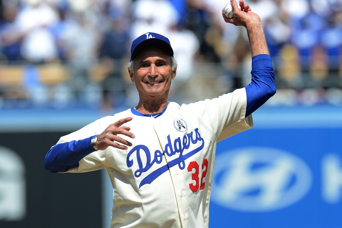 The story behind Dodgers  red uniform numbers   TV broadcasts - True ... e4d6c4e62cd