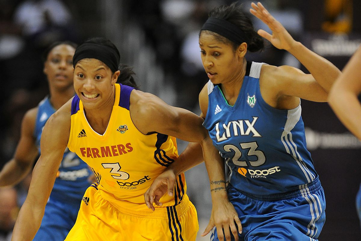 Candace Parker has reportedly edged Maya Moore for the 2013 WNBA MVP award.