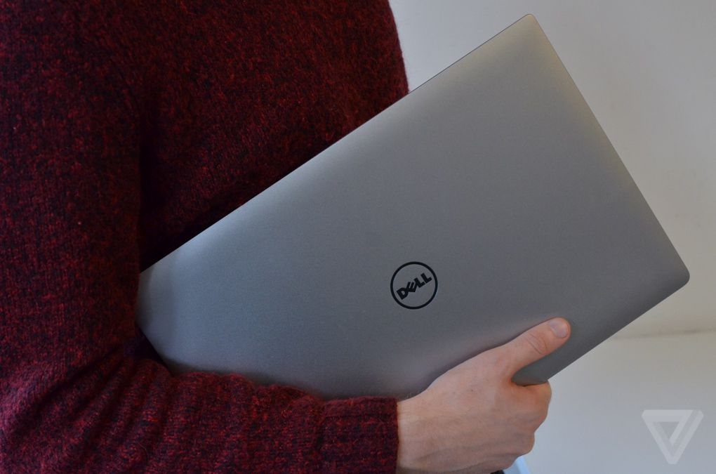 Dell XPS 15 hold