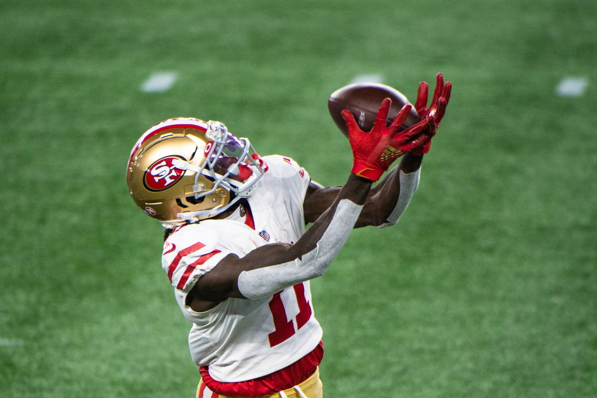 Brandon Aiyuk of the San Francisco 49ers makes a catch against the New England Patriots in the second half at Gillette Stadium on October 25, 2020 in Foxborough, Massachusetts.