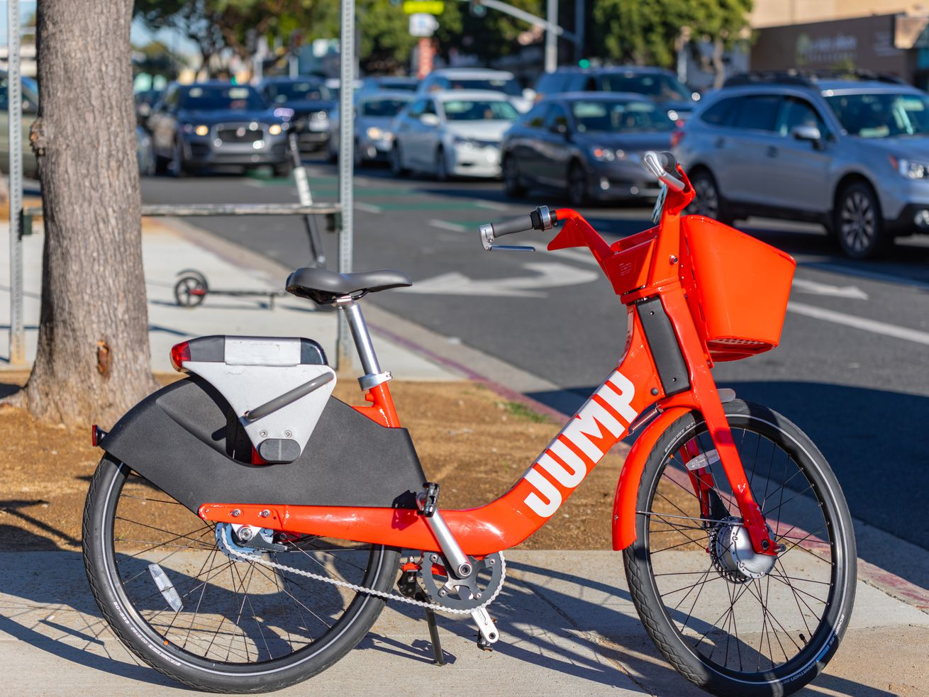 Jump began distributing electric bikes in LA late last year.