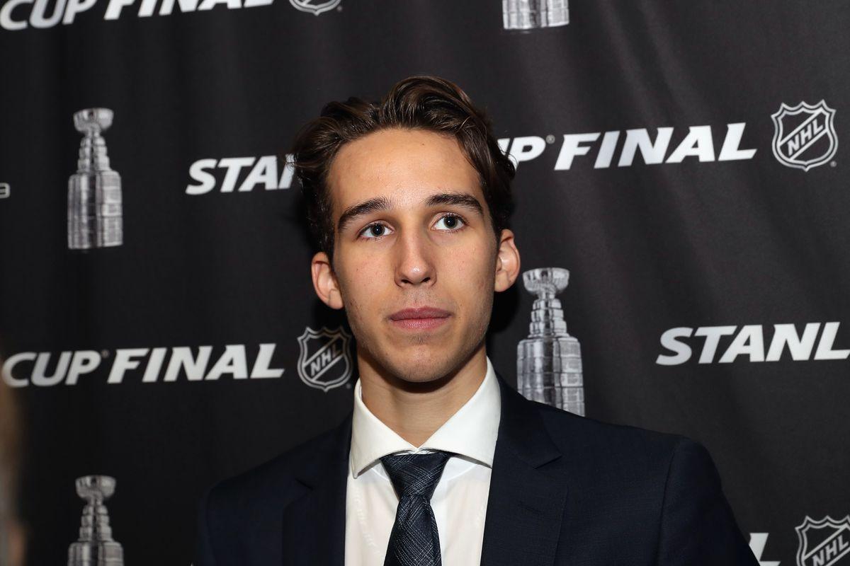 Chicago Blackhawks 2019 NHL Draft: Dylan Cozens profile, analysis