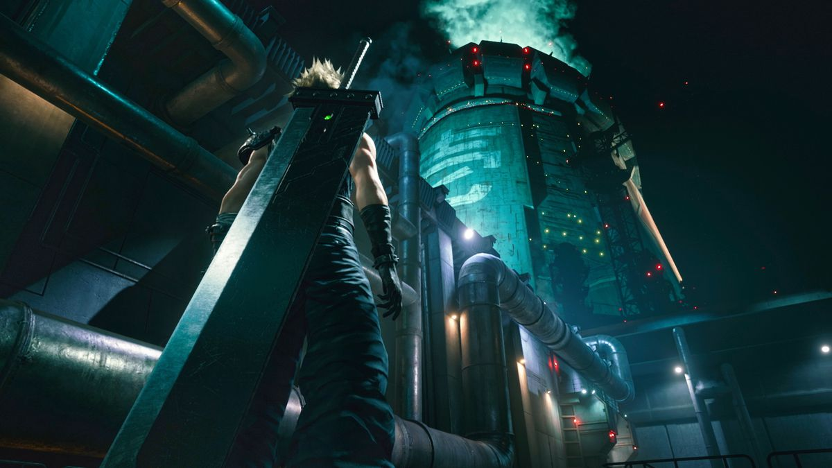 Cloud stands with his back to the camera and gazes upon the Shinra building in a screenshot from Final Fantasy 7 Remake.