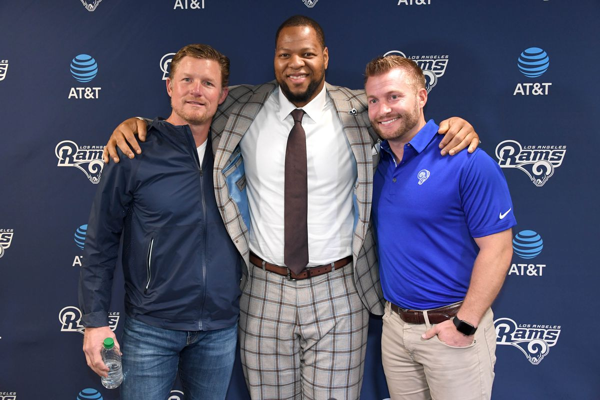 (left to right) Los Angeles Rams GM Les Snead, DL Ndamukong Suh and HC Sean McVay at a press conference discussing Suh's signing with the Rams, April 6, 2018.