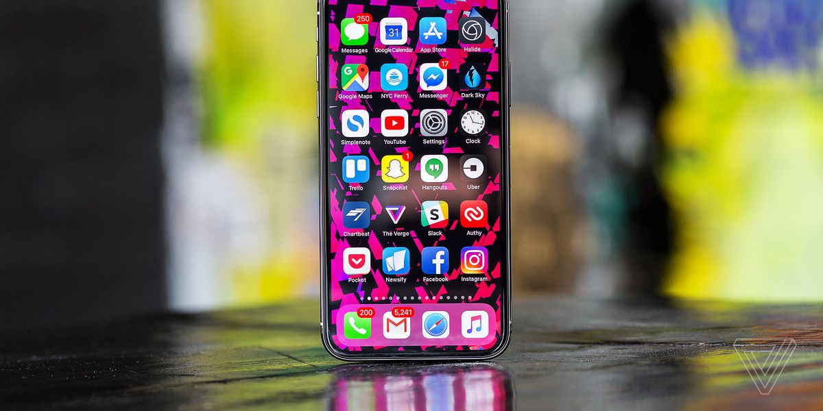 iPhone X review: face the future - The Verge on