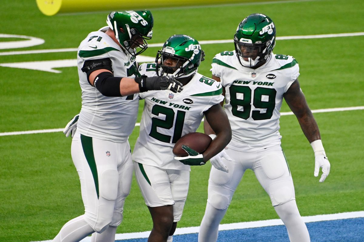 Frank Gore, Ty Johnson fantasy football start/sit advice: What to do with  the Jets RBs in Week 12 - DraftKings Nation